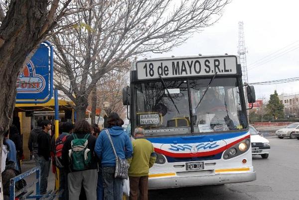 FIESTA NACIONAL de la MANZANA 2015 – Estacionamientos y Servicio de Colectivos